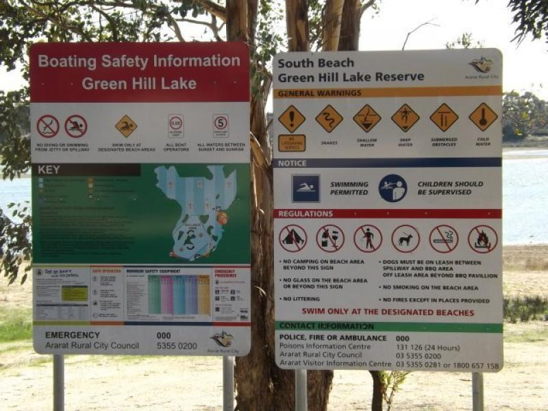 Green Hill LakeInformation sign